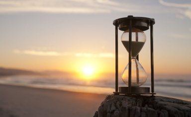 Sand clock beach